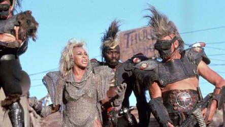 Mad-Max-Jenseits-der-Donnerkuppel-©-1985,-2013-Warner-Home-Video(2)
