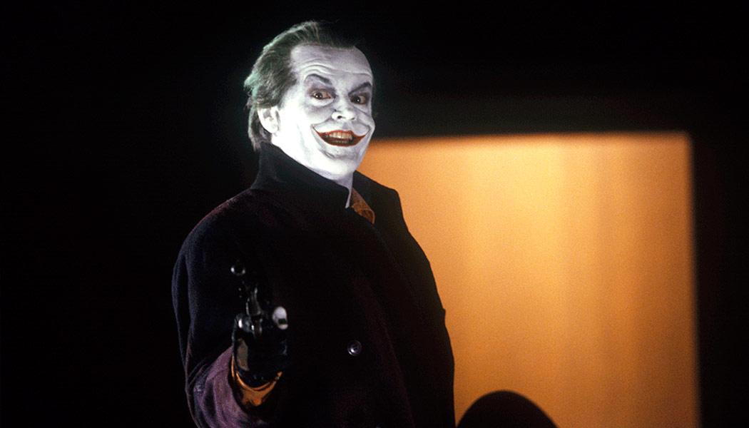 Batman-(c)-1989,-1998-Warner-Home-Entertainment(2)