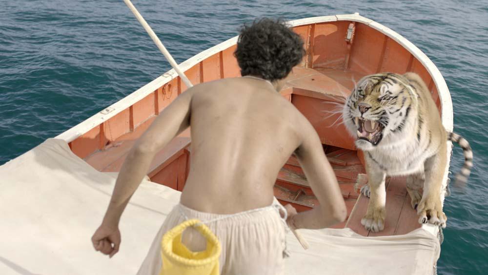 Life-of-Pi-Schiffbruch-mit-Tiger-©-2012-20th-Century-Fox