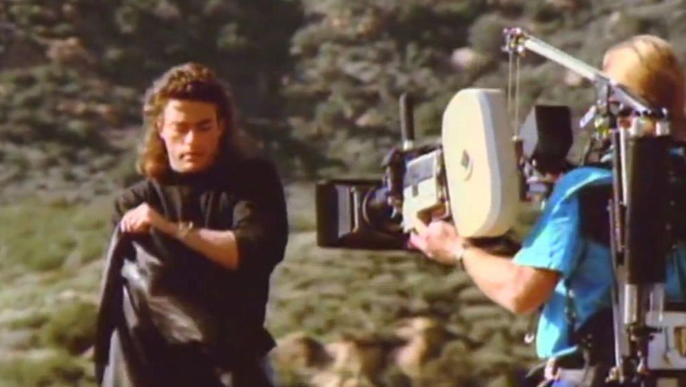 Clip des Tages: Jean-Claude Van Damme presents – The Moving Camera for Hard Target