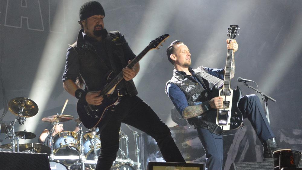 Interview mit Jon von Volbeat am Nova Rock 2014