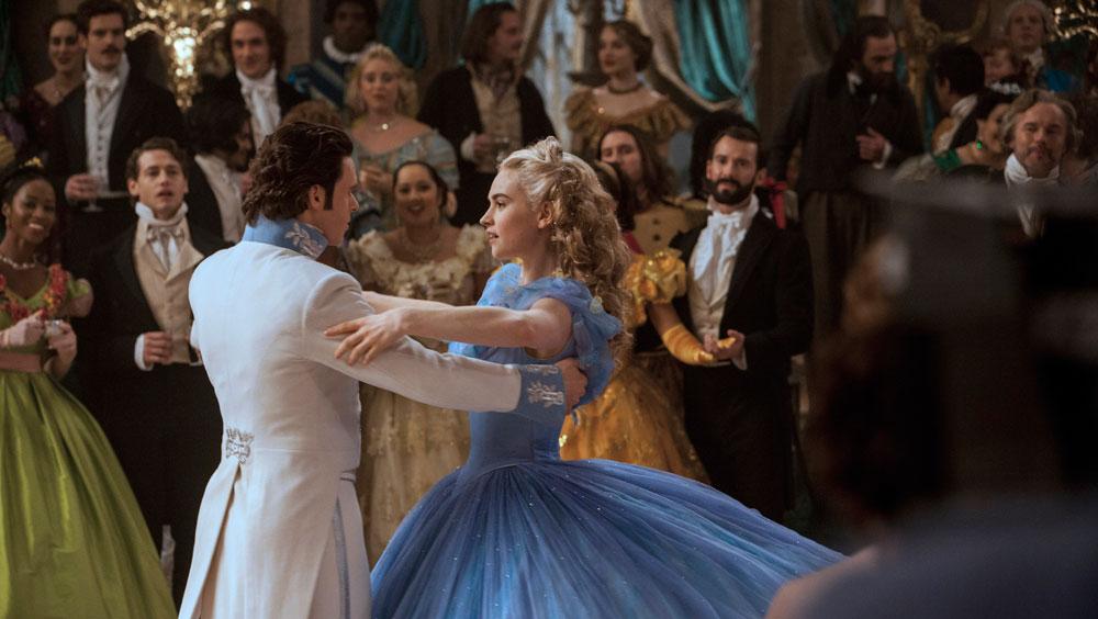 Cinderella-©-2014-Walt-Disney(2)