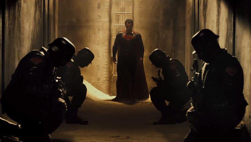 Batman-v-Superman-Dawn-of-Justice-©-2015-Warner-Bros-1