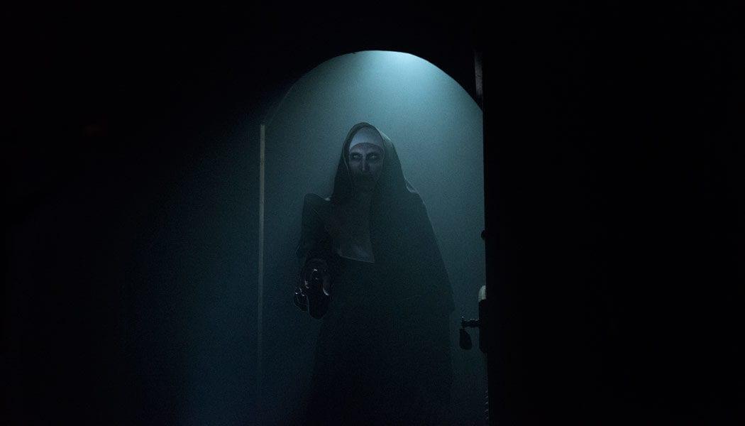 The-Nun-(c)-2018-Warner-Bros.(2)