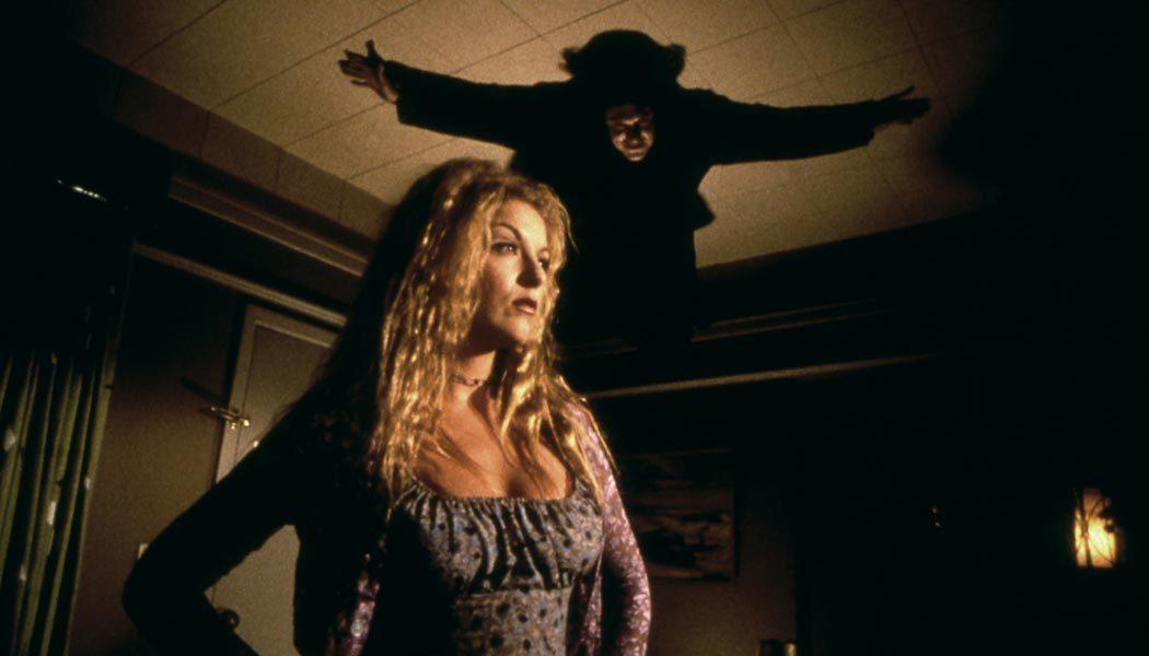 John-Carpenters-Vampire-(c)-1998,-2019-Studiocanal-Home-Entertainment(2)