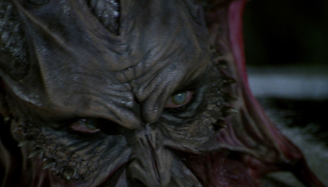 Jeepers-Creepers-(c)-2001,-2019-Koch-Films(2)